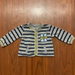 5/20 Tommy Hilfiger snap up sweater 3-6 months